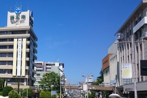 茨木市ブランドメッセージフラッグ茨木市役所懸垂幕